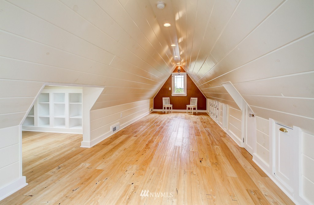 Sold Property | 521 36th Avenue E Seattle, WA 98112 15
