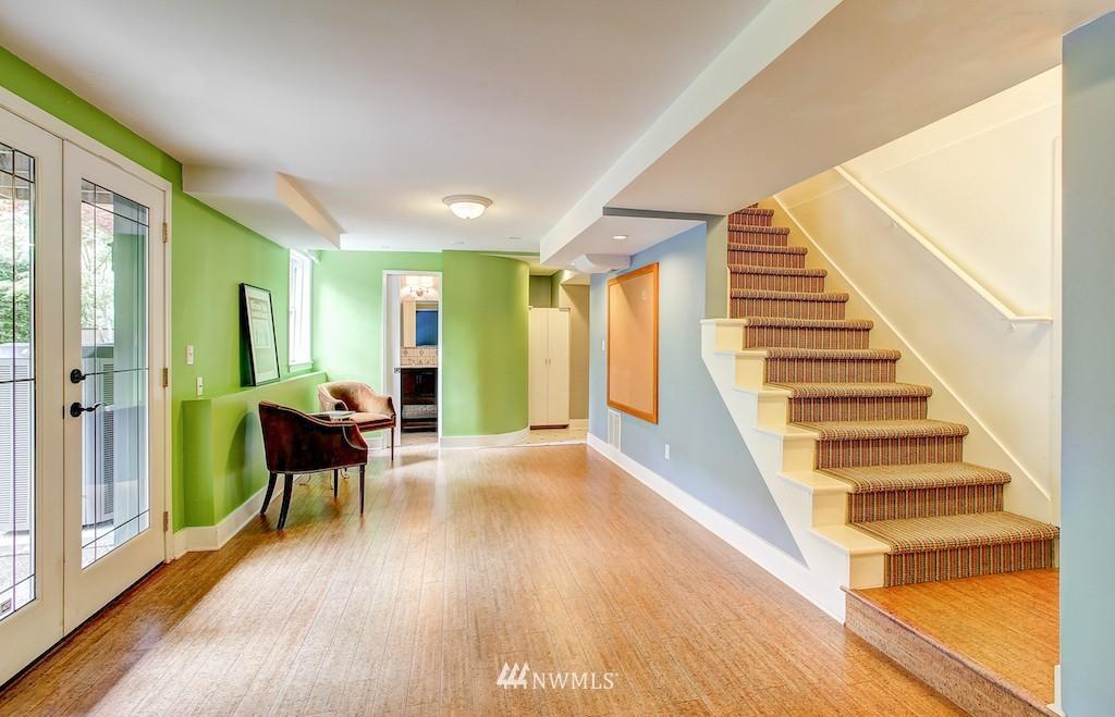 Sold Property | 521 36th Avenue E Seattle, WA 98112 17