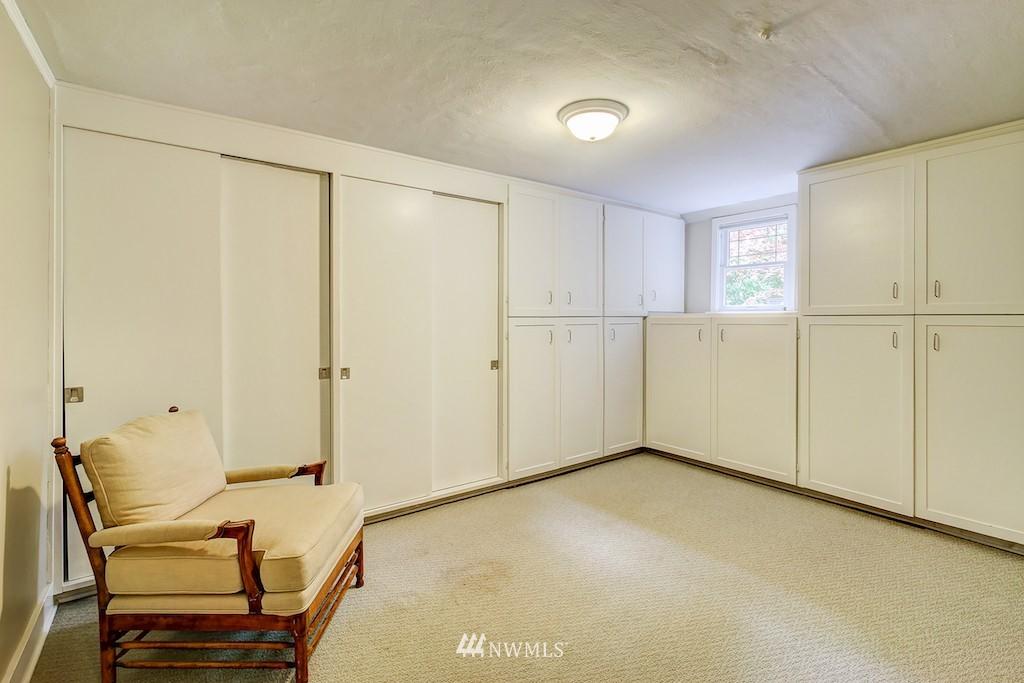 Sold Property | 521 36th Avenue E Seattle, WA 98112 18