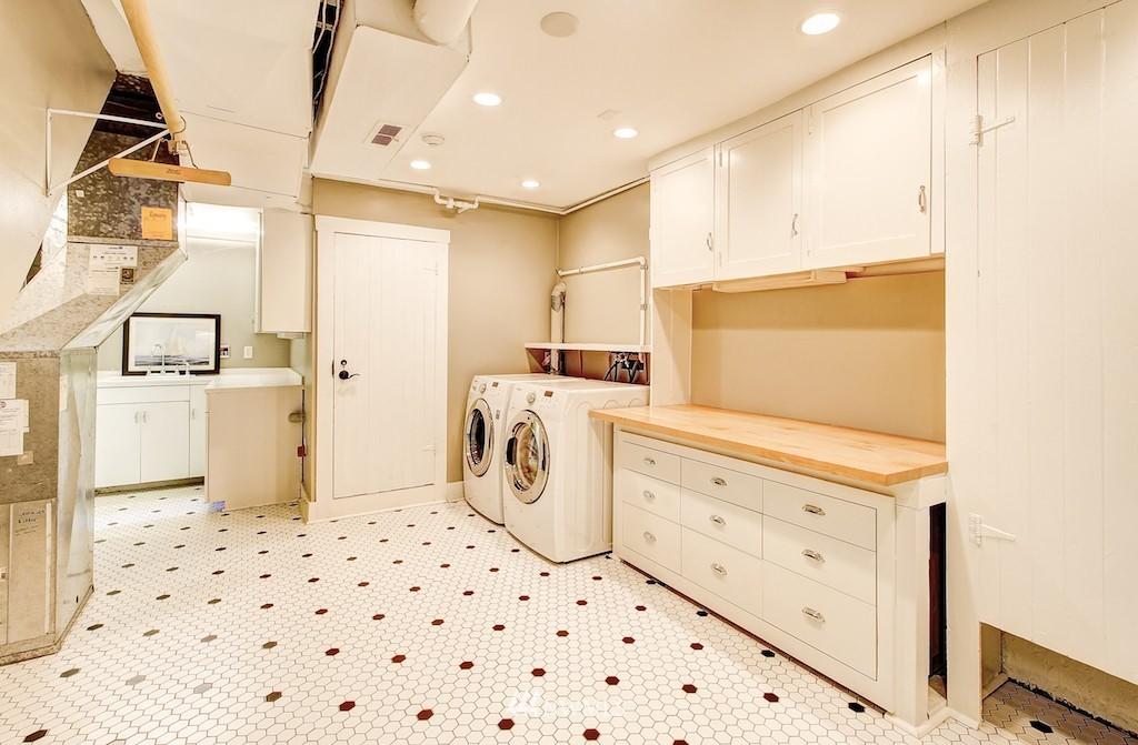 Sold Property | 521 36th Avenue E Seattle, WA 98112 20