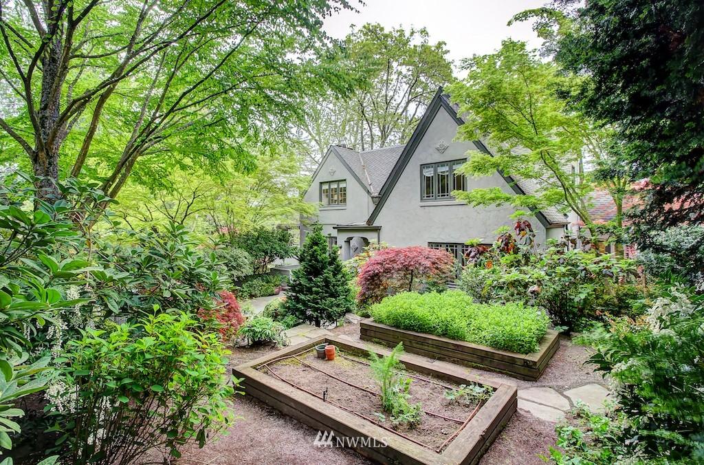 Sold Property | 521 36th Avenue E Seattle, WA 98112 22