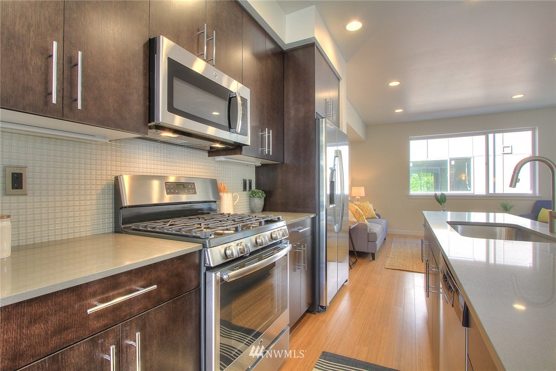 Sold Property | 3803 Martin Luther King Jr Way S Seattle, WA 98108 7