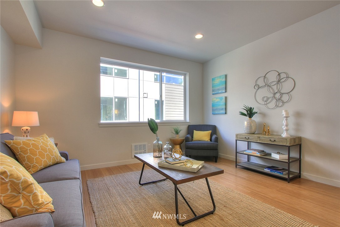 Sold Property | 3803 Martin Luther King Jr Way S Seattle, WA 98108 8