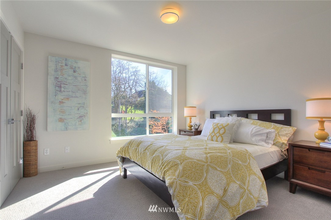 Sold Property | 3803 Martin Luther King Jr Way S Seattle, WA 98108 9
