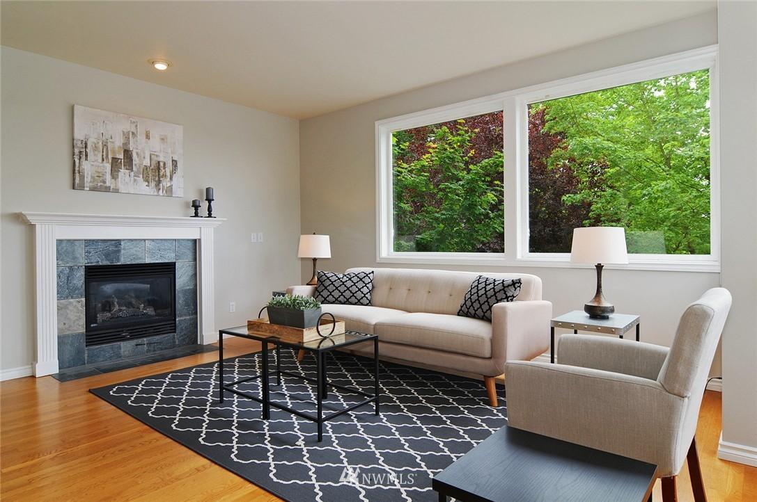 Sold Property   7828 Banner Way NE Seattle, WA 98115 4