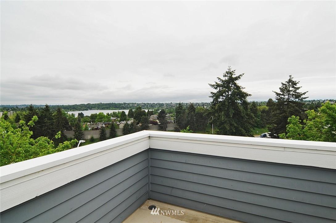 Sold Property   7828 Banner Way NE Seattle, WA 98115 18