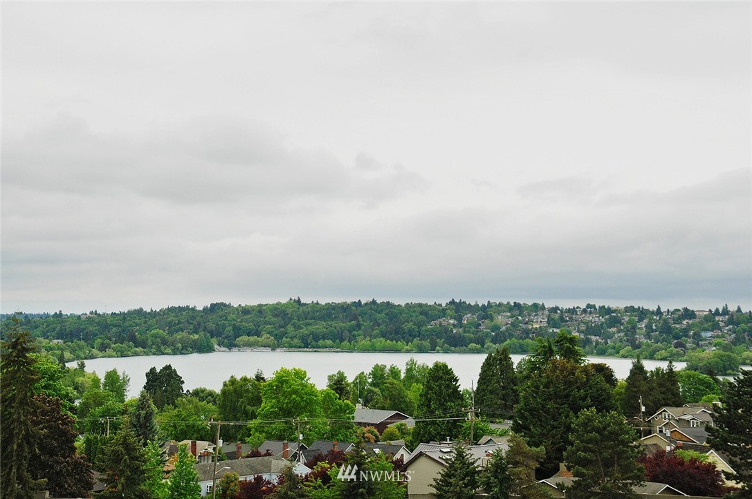 Sold Property   7828 Banner Way NE Seattle, WA 98115 19