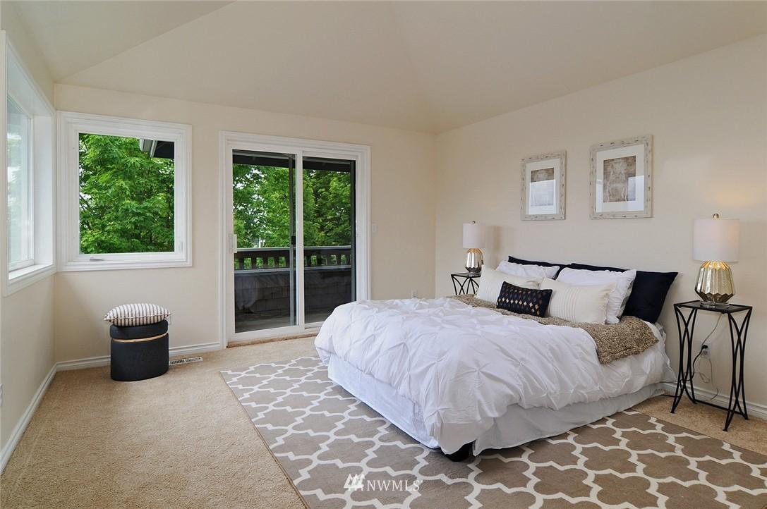 Sold Property   7828 Banner Way NE Seattle, WA 98115 13