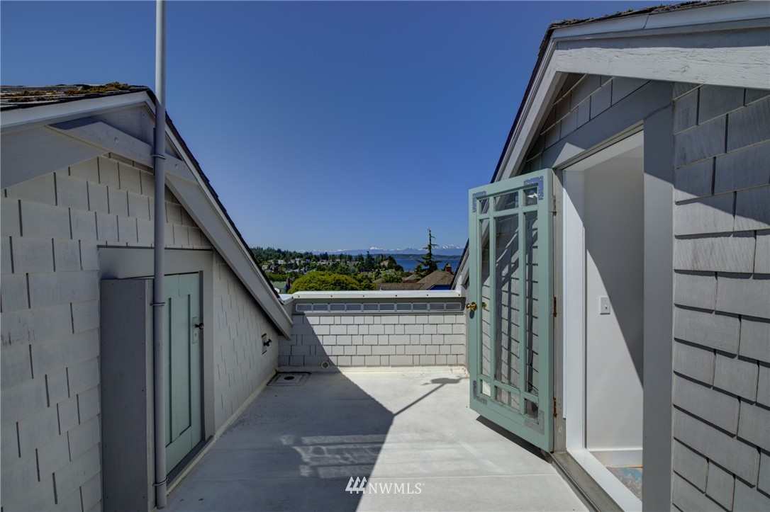Sold Property | 3225 NW 59th Street Seattle, WA 98107 24