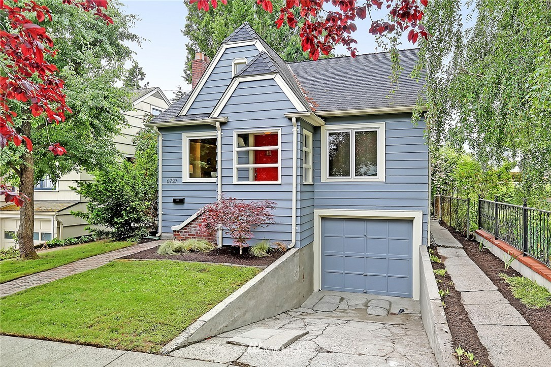 Sold Property   6727 12th Avenue NW Seattle, WA 98117 0