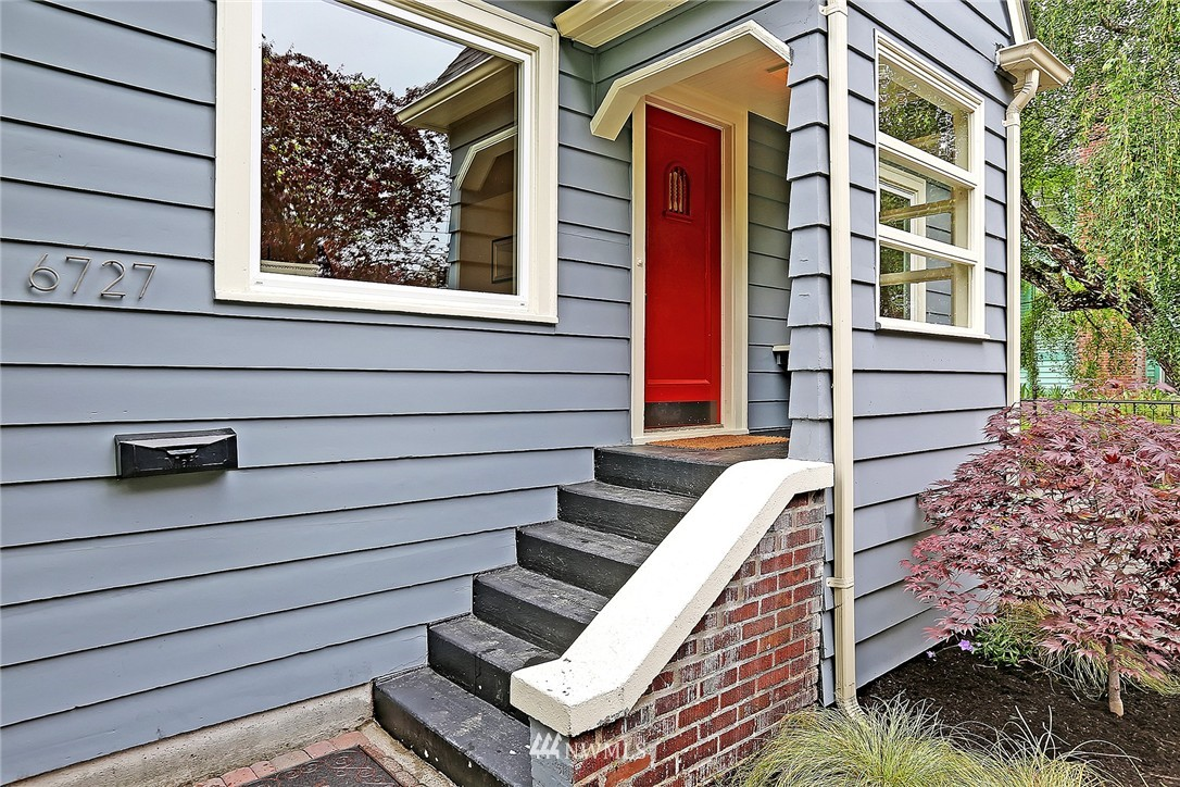 Sold Property   6727 12th Avenue NW Seattle, WA 98117 1