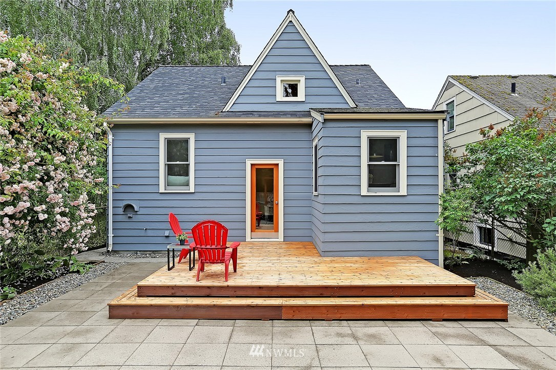 Sold Property   6727 12th Avenue NW Seattle, WA 98117 14