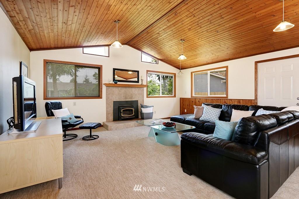 Sold Property   14538 27th Avenue NE Shoreline, WA 98155 2