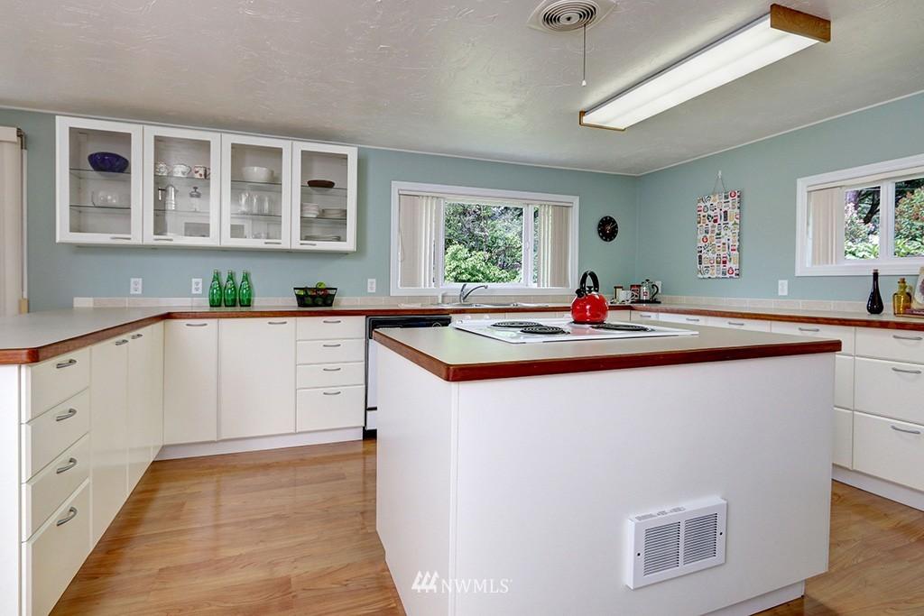 Sold Property   14538 27th Avenue NE Shoreline, WA 98155 4