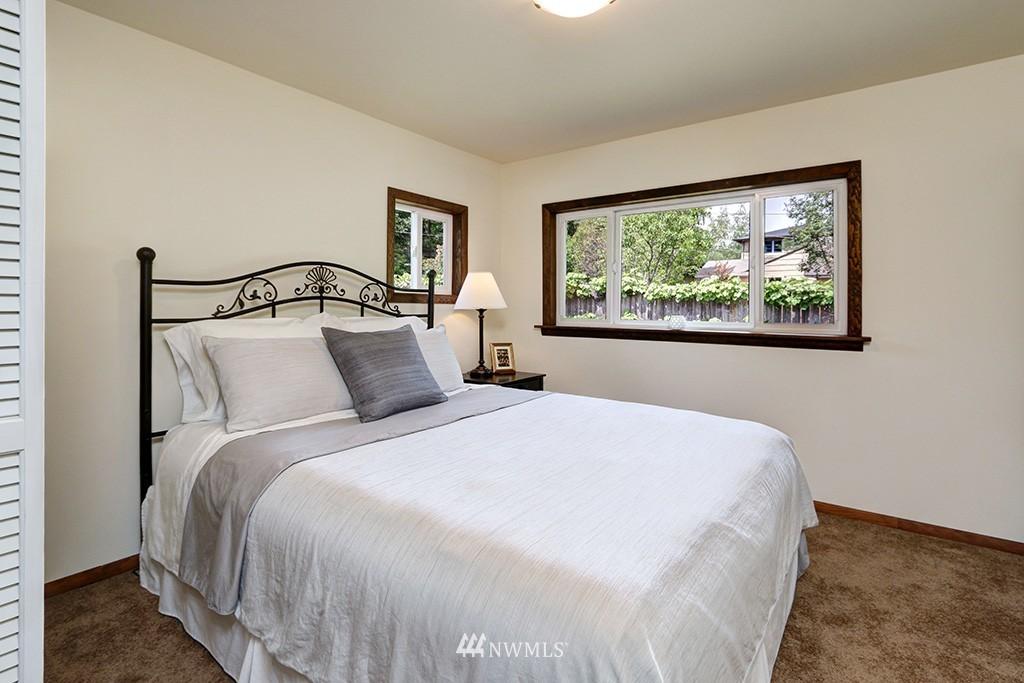 Sold Property   14538 27th Avenue NE Shoreline, WA 98155 9