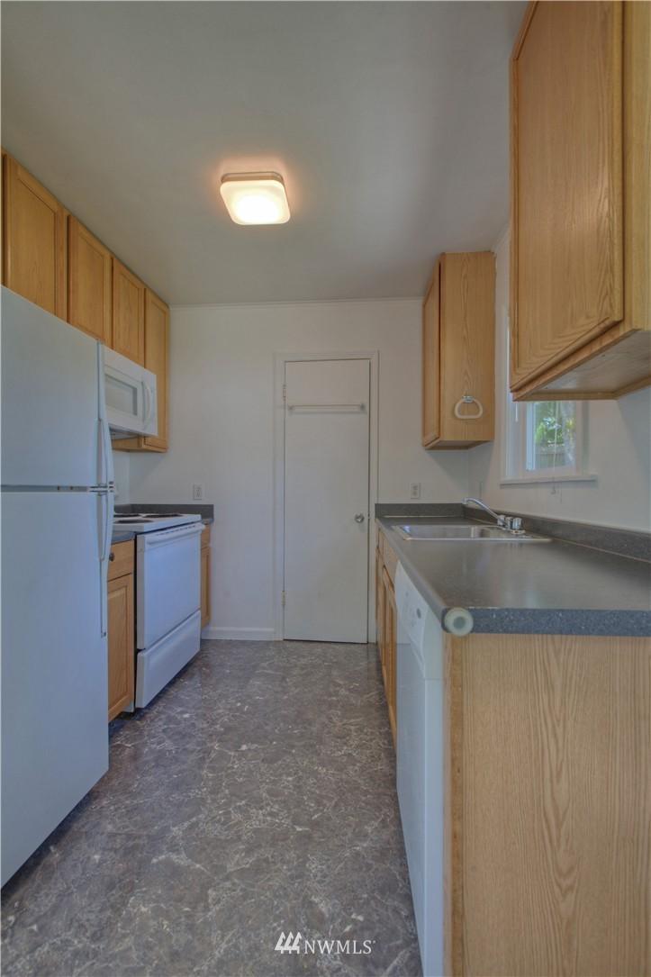 Sold Property | 16339 25th Place NE Shoreline, WA 98155 5