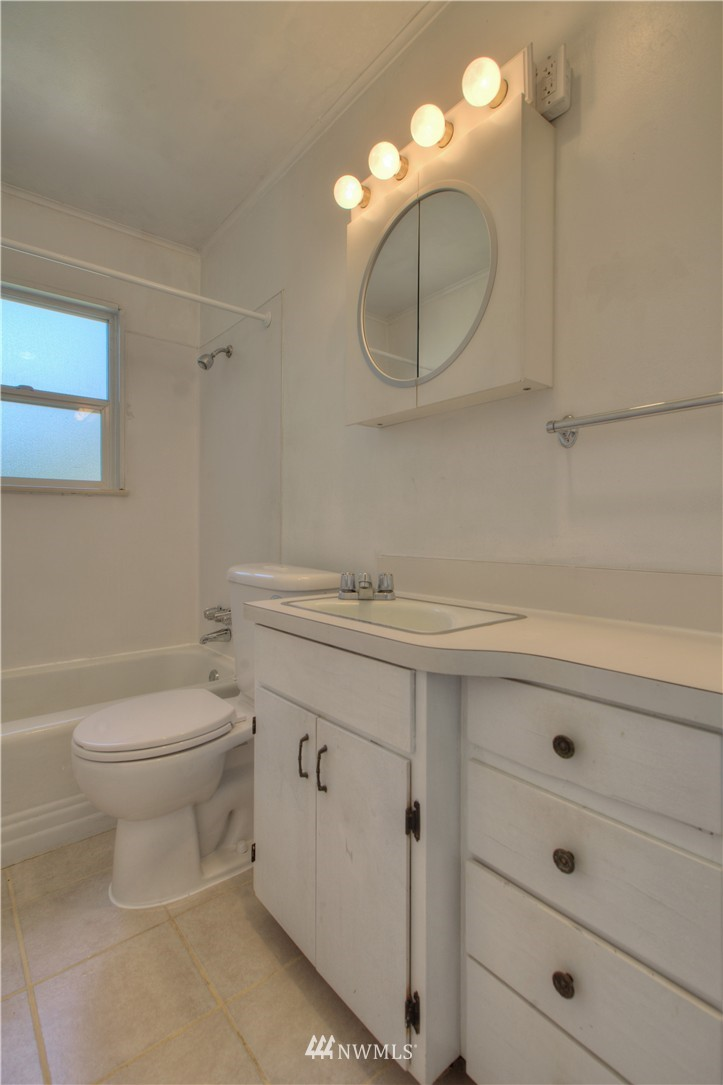 Sold Property | 16339 25th Place NE Shoreline, WA 98155 10