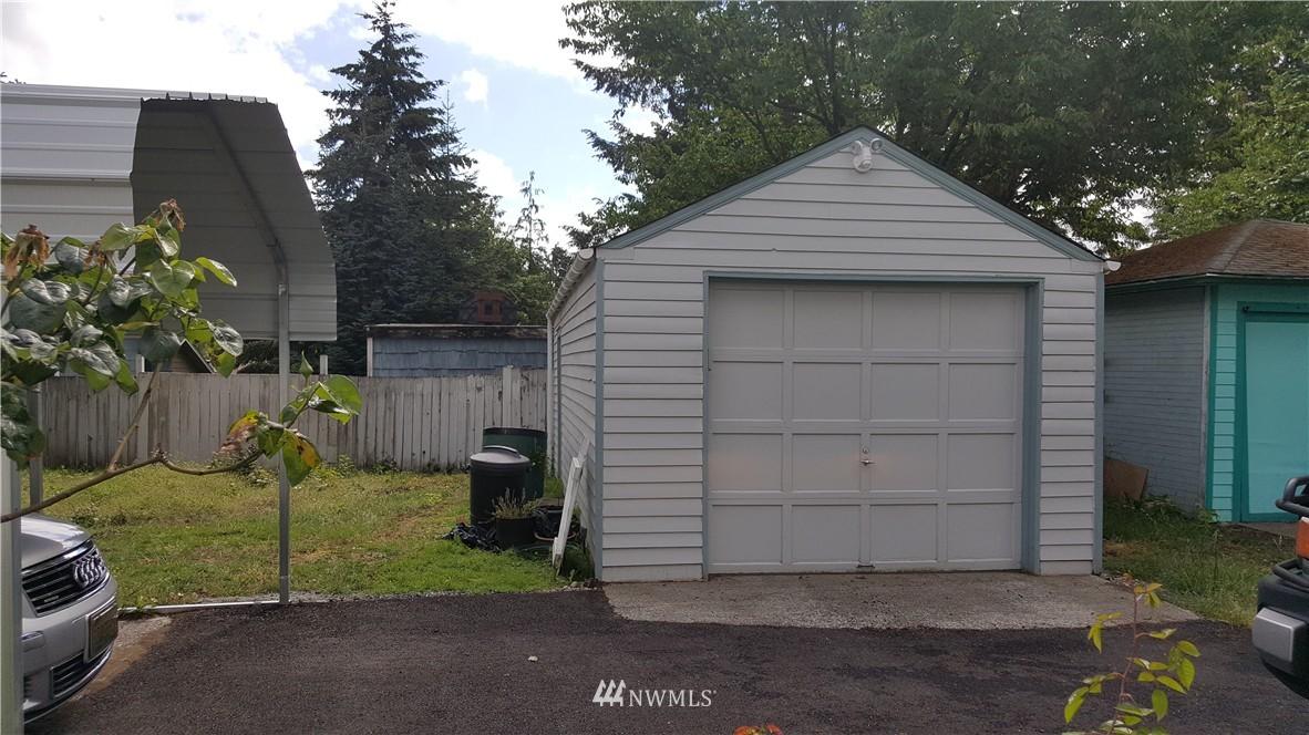 Sold Property   11010 53rd Avenue S Seattle, WA 98178 10