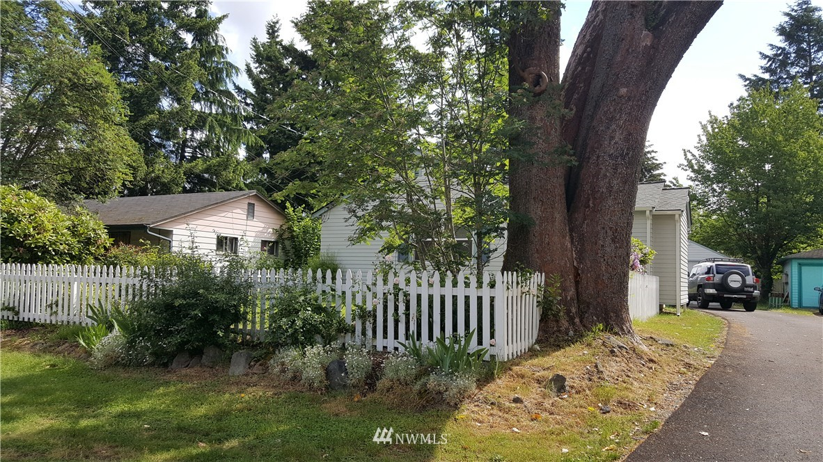 Sold Property   11010 53rd Avenue S Seattle, WA 98178 12