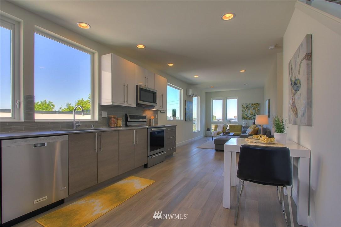 Sold Property   3012 4th Avenue W Seattle, WA 98119 9