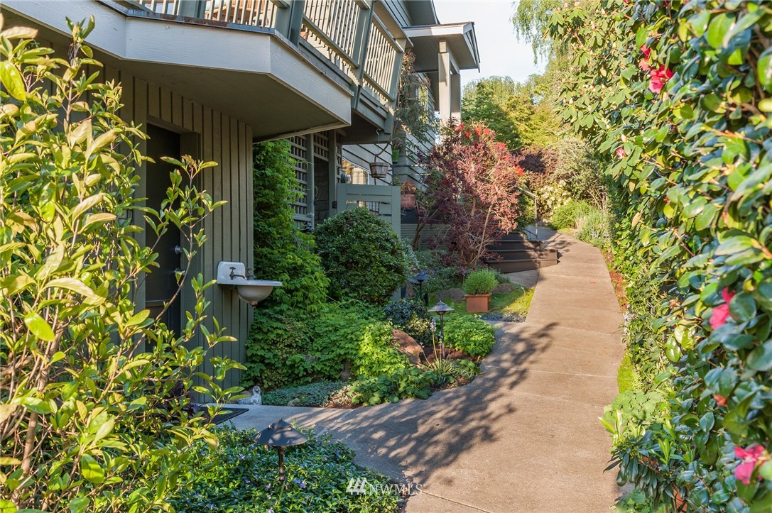 Sold Property | 12050 8th Avenue NW Seattle, WA 98177 3