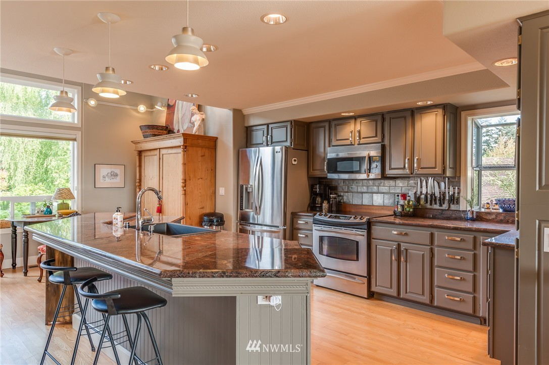 Sold Property | 12050 8th Avenue NW Seattle, WA 98177 8