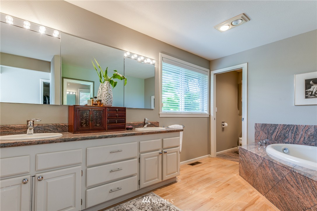 Sold Property | 12050 8th Avenue NW Seattle, WA 98177 14