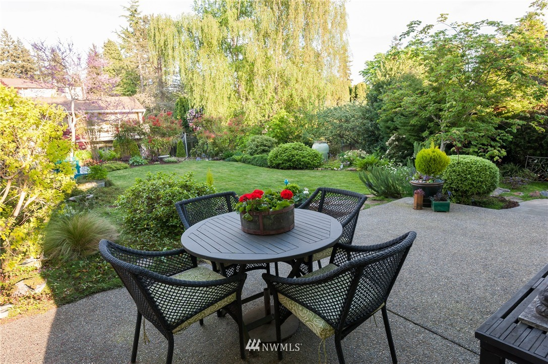 Sold Property | 12050 8th Avenue NW Seattle, WA 98177 20