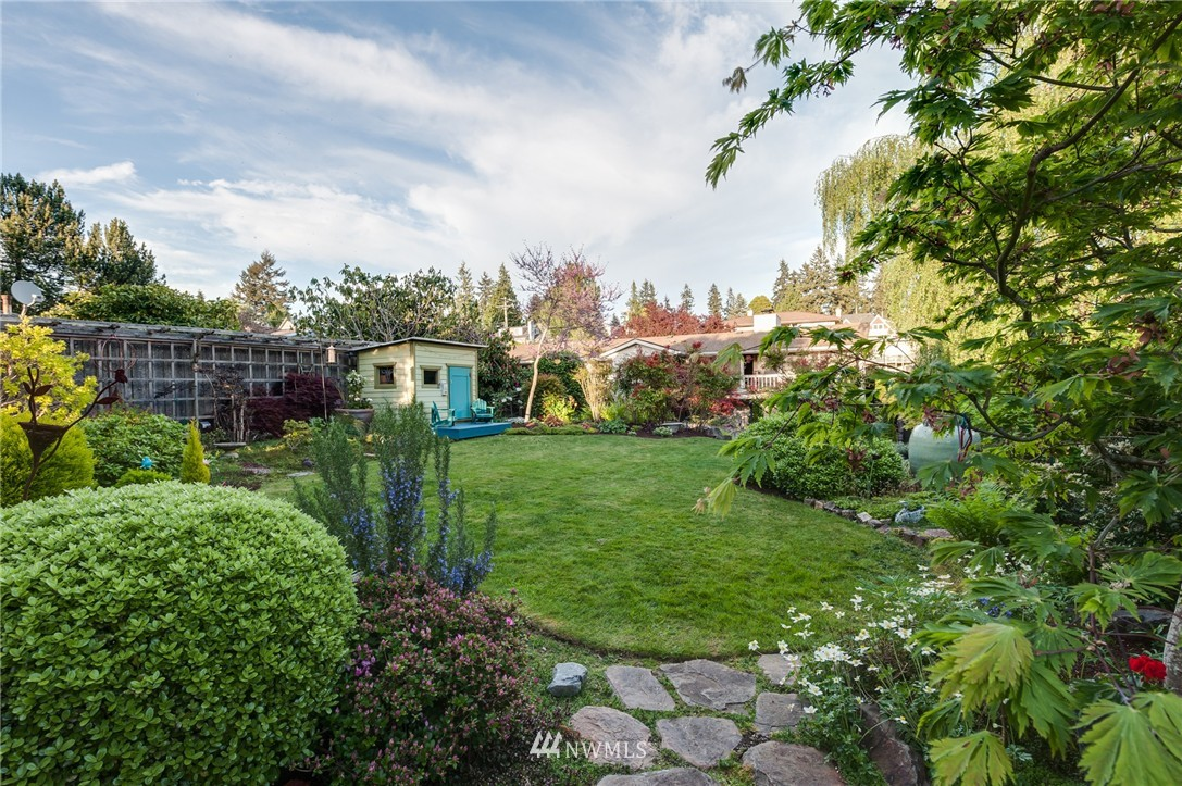 Sold Property | 12050 8th Avenue NW Seattle, WA 98177 21