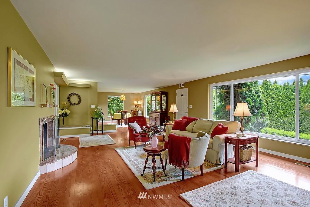 Sold Property | 10759 Sand Point Way NE Seattle, WA 98125 6