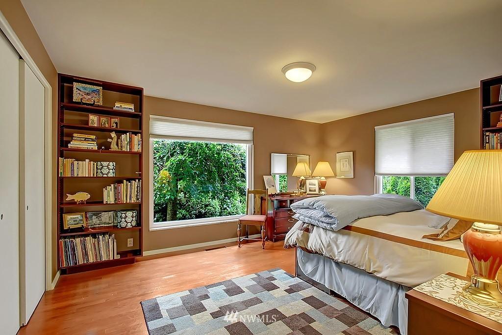 Sold Property | 10759 Sand Point Way NE Seattle, WA 98125 7