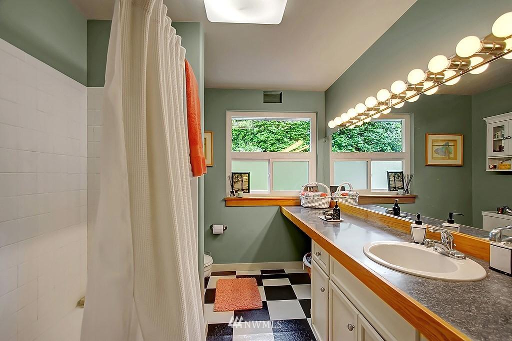 Sold Property | 10759 Sand Point Way NE Seattle, WA 98125 8