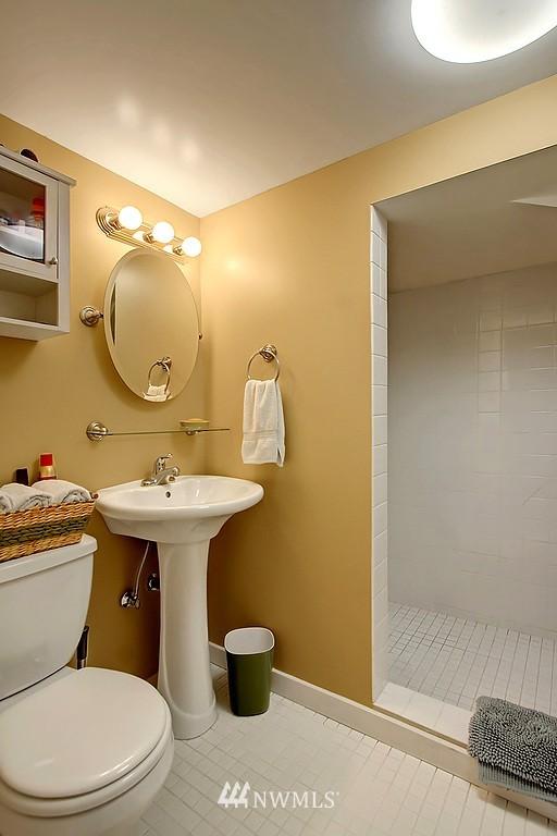 Sold Property | 10759 Sand Point Way NE Seattle, WA 98125 12