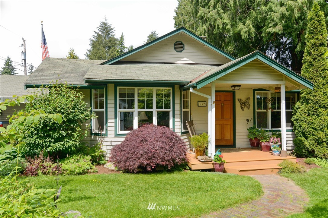 Sold Property | 532 N 195th Street Shoreline, WA 98133 1
