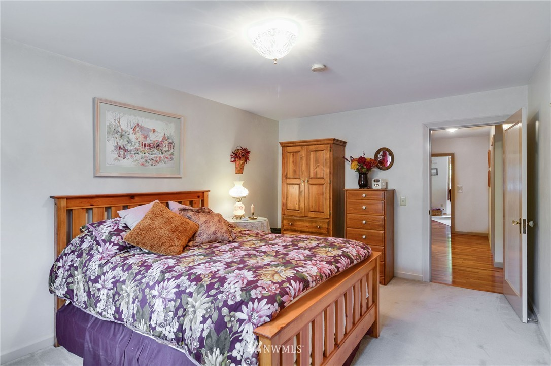 Sold Property | 532 N 195th Street Shoreline, WA 98133 10