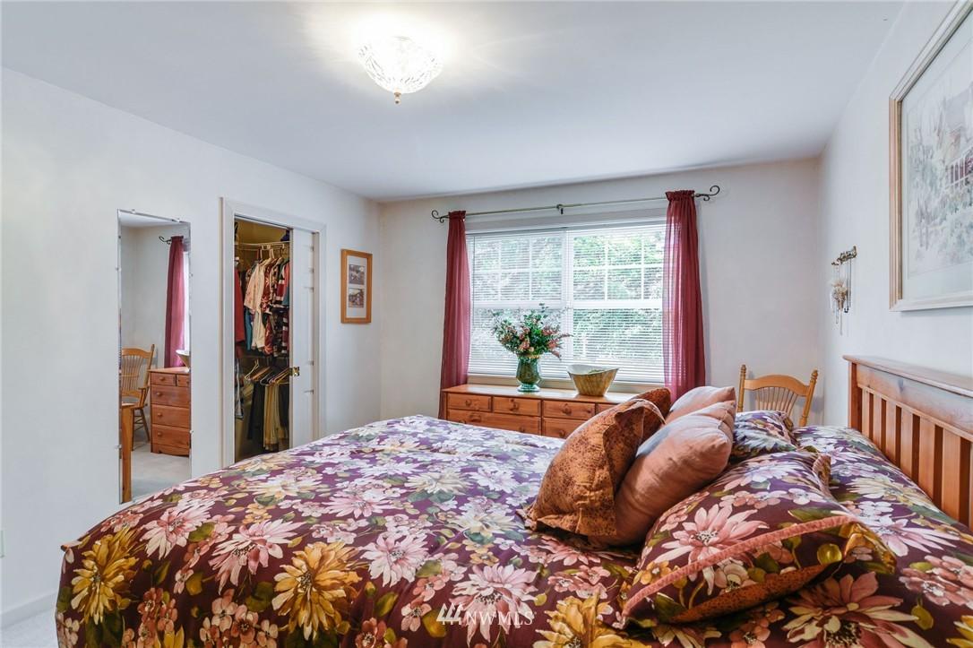Sold Property | 532 N 195th Street Shoreline, WA 98133 9