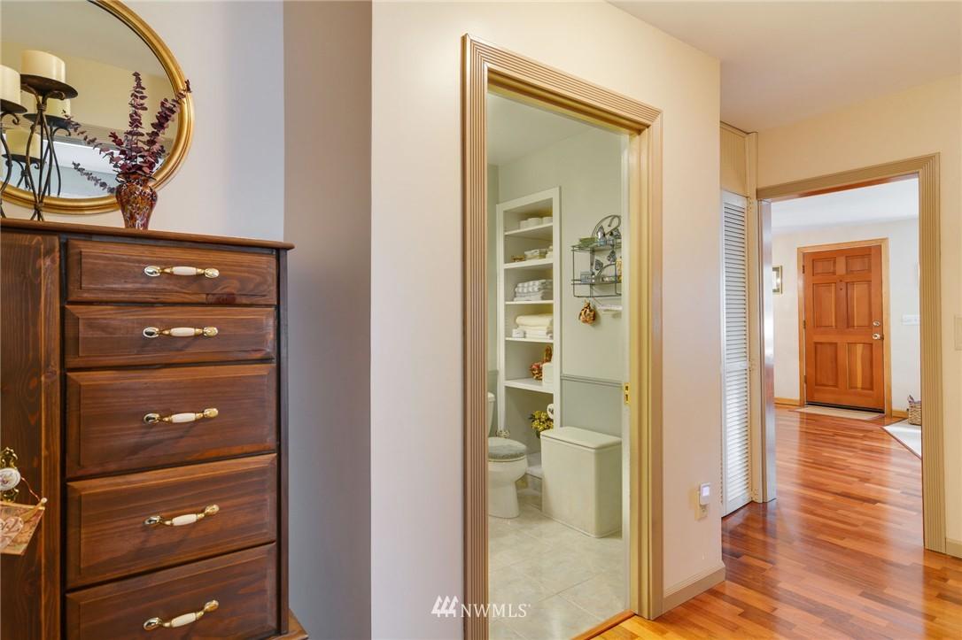 Sold Property | 532 N 195th Street Shoreline, WA 98133 11
