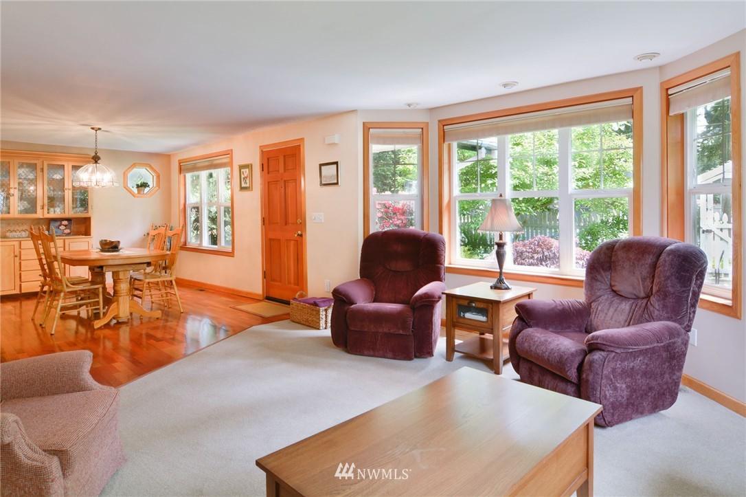 Sold Property | 532 N 195th Street Shoreline, WA 98133 5
