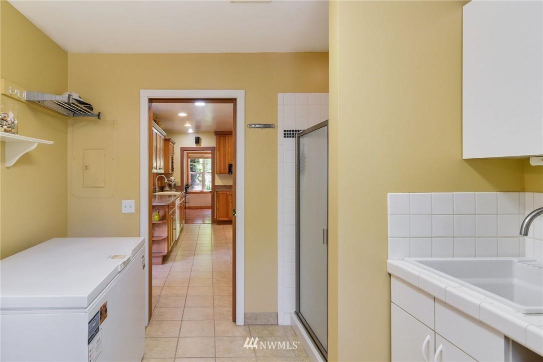 Sold Property | 532 N 195th Street Shoreline, WA 98133 16