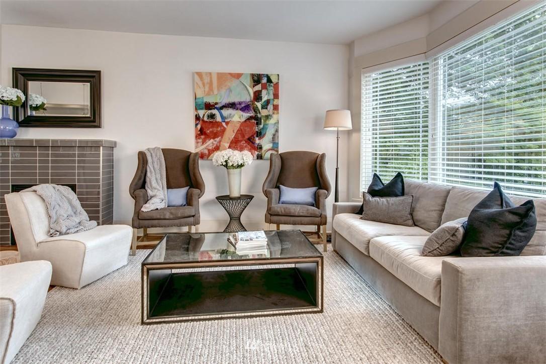 Sold Property | 1718 Nob Hill Avenue N Seattle, WA 98109 2