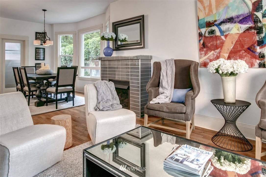 Sold Property | 1718 Nob Hill Avenue N Seattle, WA 98109 3