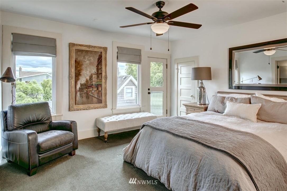 Sold Property | 1718 Nob Hill Avenue N Seattle, WA 98109 17