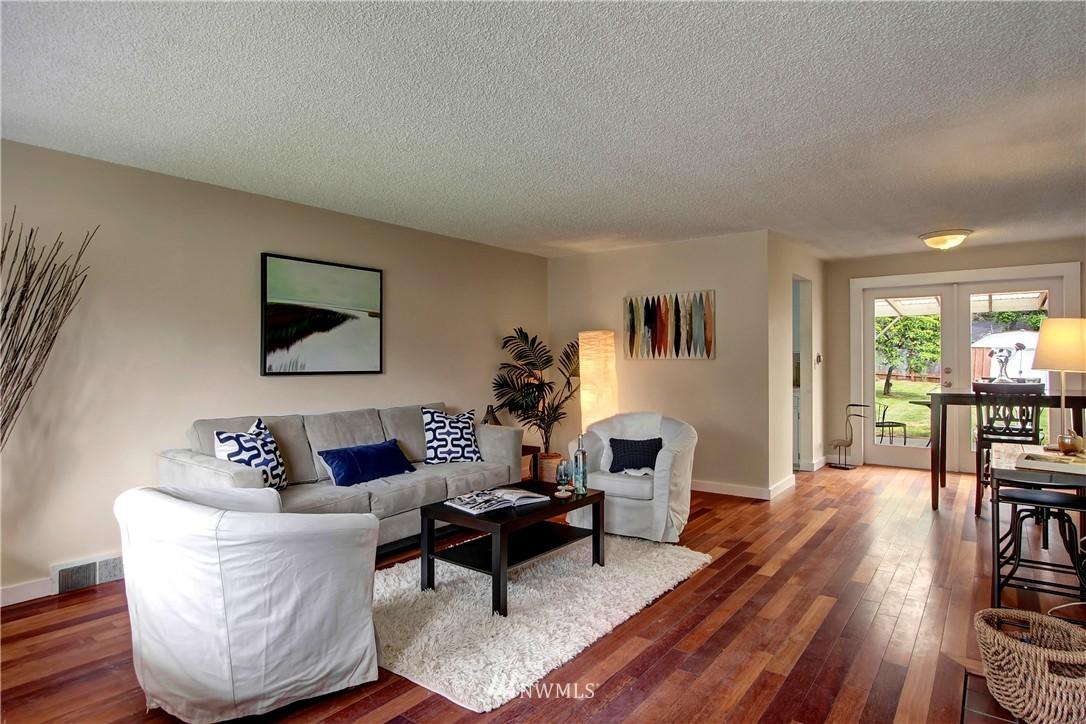 Sold Property | 12512 2nd Avenue NE Seattle, WA 98125 2
