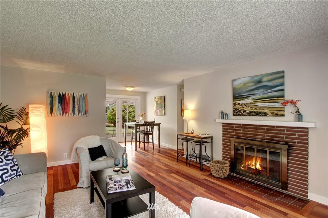 Sold Property | 12512 2nd Avenue NE Seattle, WA 98125 3