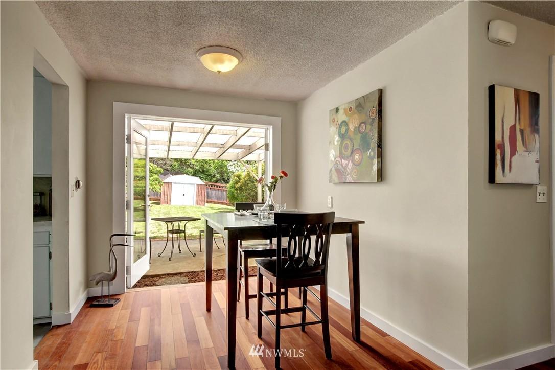 Sold Property | 12512 2nd Avenue NE Seattle, WA 98125 5