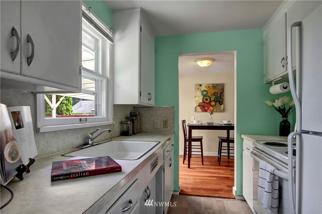 Sold Property | 12512 2nd Avenue NE Seattle, WA 98125 6