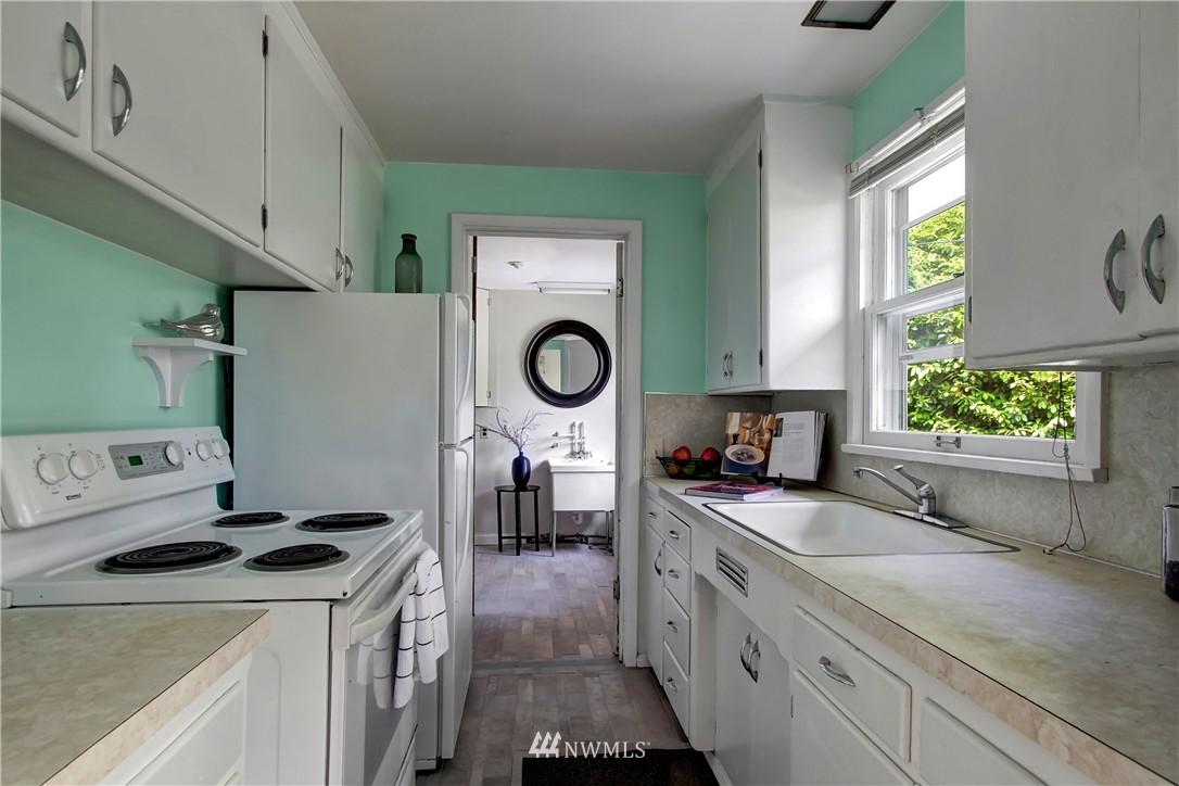 Sold Property | 12512 2nd Avenue NE Seattle, WA 98125 7