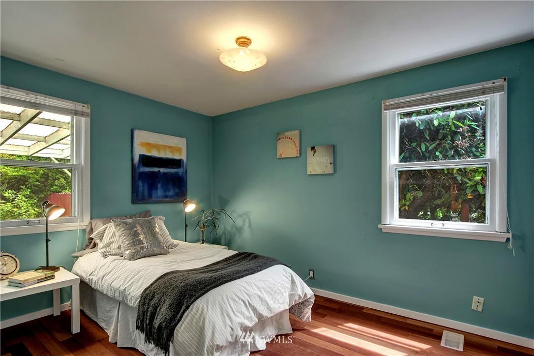 Sold Property | 12512 2nd Avenue NE Seattle, WA 98125 9