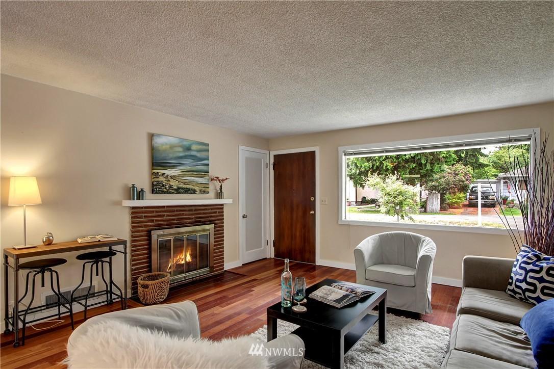 Sold Property | 12512 2nd Avenue NE Seattle, WA 98125 11