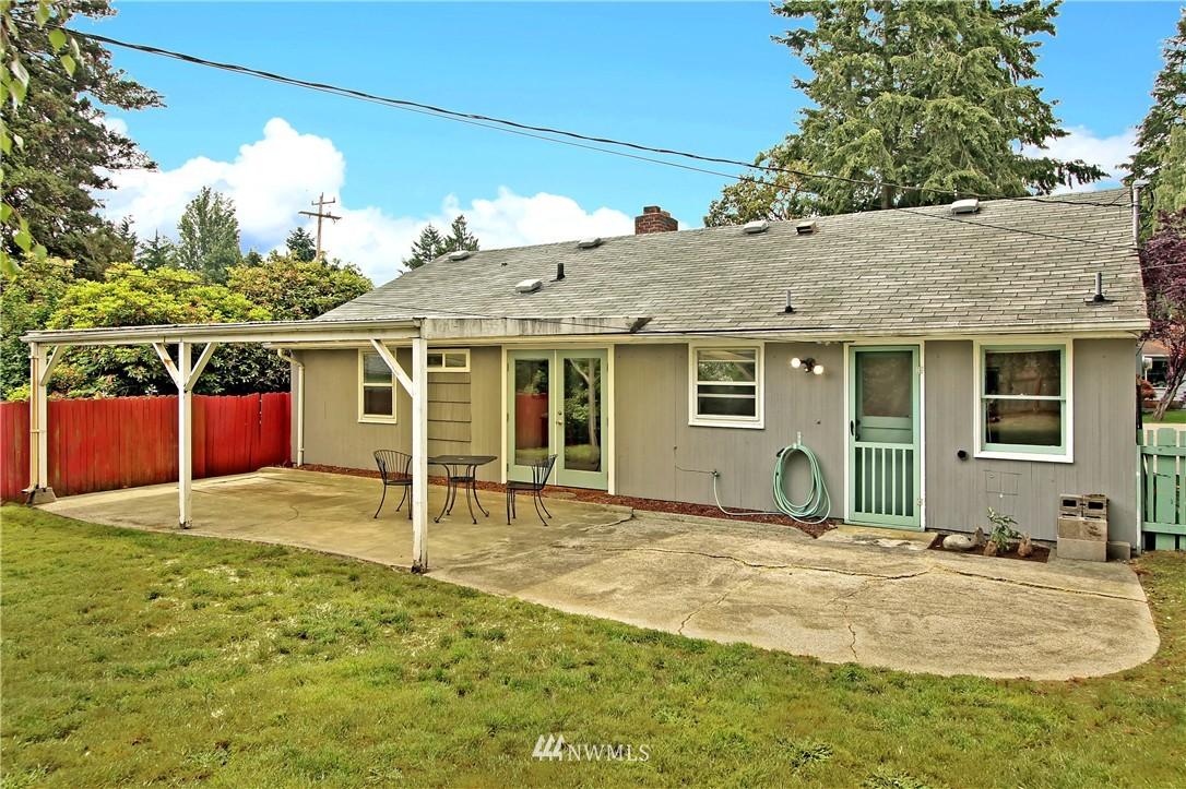 Sold Property | 12512 2nd Avenue NE Seattle, WA 98125 14
